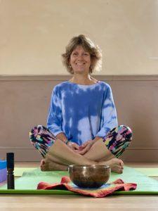sue tupper yoga teacher profile pic